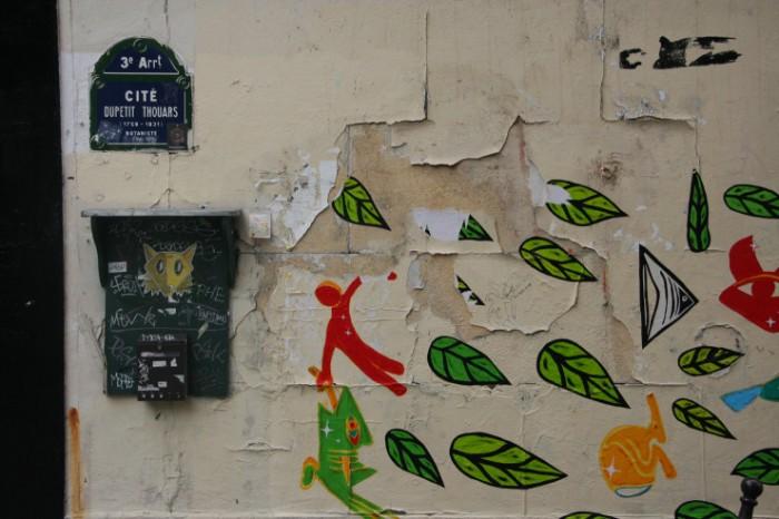 Paris-Marais-Marais-street-740x493