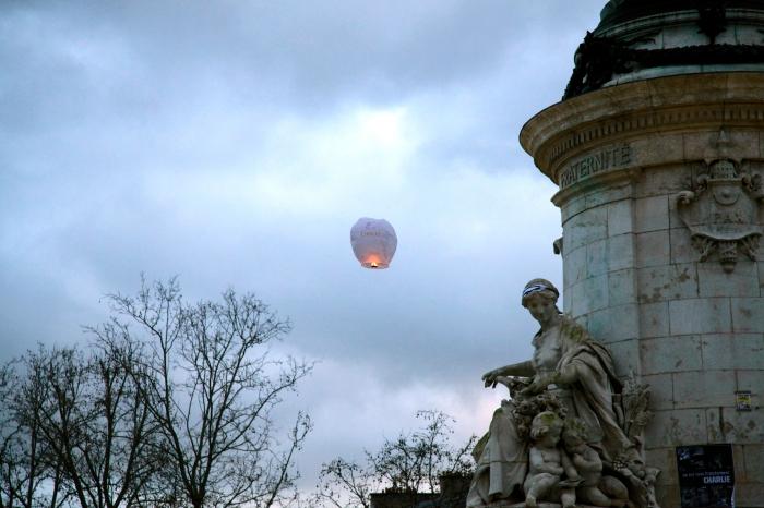 Place de la Republique wit Charlie Balloon by Anna Brones