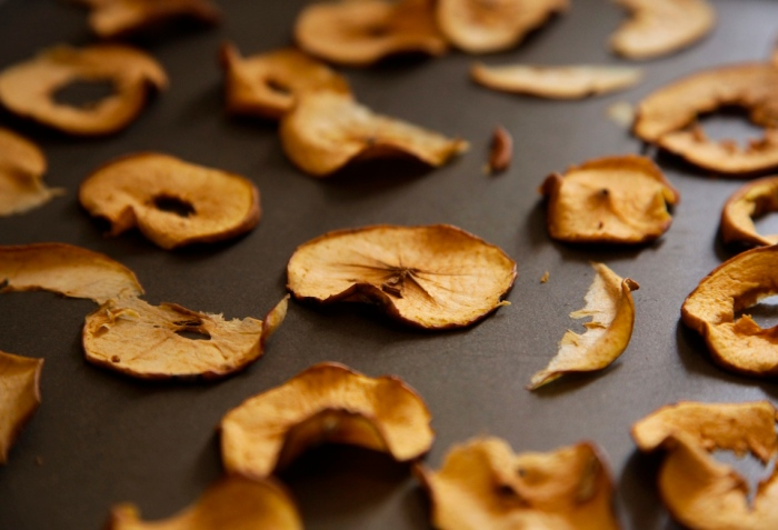 How to Make Dried Apples, photo by Anna Brones